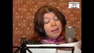 France Singer Anisha Khan hindi song recording in Mumbai