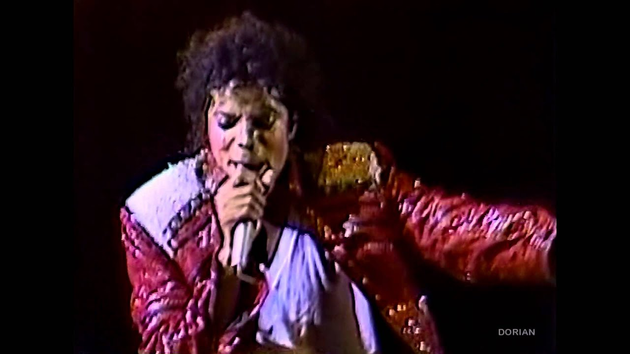 "Michael Jackson - ""Beat It"" live Bad Tour in Yokohama 1987 ..."