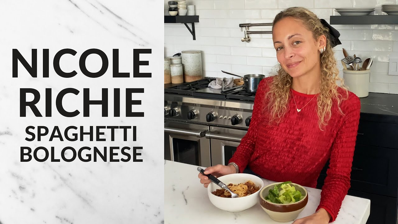 Download Nicole Richie teaches me her famous Spaghetti Bolognese