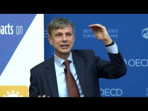 """Chris Laszlo, Ph.D. OECD Keynote: """"Measuring Business Impacts on People's Wellbeing"""""""