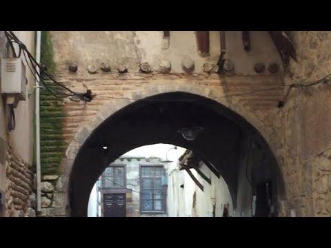 أبو جمعة يتجول أمام منزل ابو عصام بحارة الضبع🤣😂🤣بالشام القديمه لايفوتكم