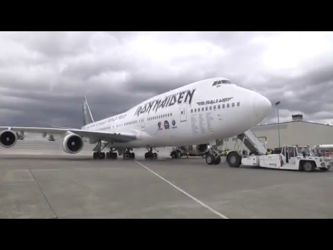Iron Maiden's Ed Force One Rocks Boeing