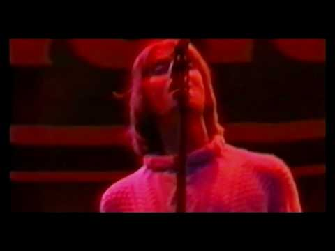 Oasis - Roll With It - Live at Knebworth (Part 6)