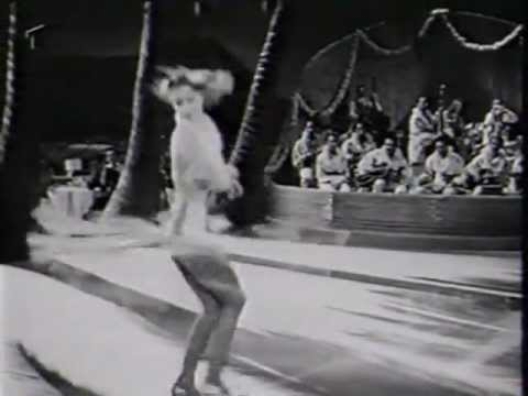 I Dood It 1942; Jimmy Dorsey + Lena Horne + Hazel Scott (excerpt)