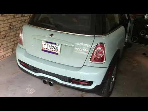 2012 Mini Cooper R56 Cigarette lighter charging port fuse location - YouTubeYouTube