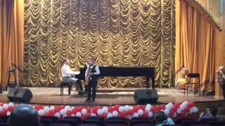 "Иван Байбородин, 8 лет, саксофон. Антонио Карлос Жобим, ""Дезафинадо""."