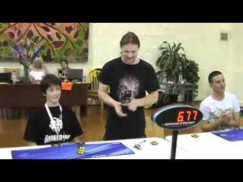 Game8   Kỷ lục thế giới mới về xoay Rubik