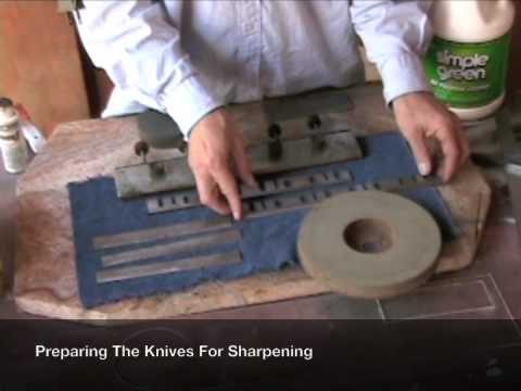How To Sharpen Blades with the Makita Blade Sharpener 9820-2 [1 of 8