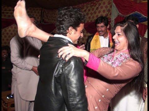 Mujra dance new on wedding night dance...