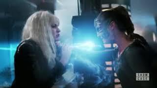 Supergirl - Livewire vs Reign