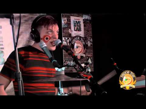 RadioBDC Live in the Lab - Robert Delong performs 'Religious Views'