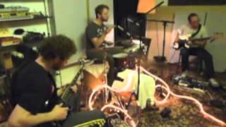 elektro guzzi rehearsing