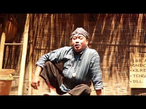 Gareng Rakasiwi dkk  Dalam lakon 'Umuk Keblusuk'  Dagelan Mataram karya alm. Basiyo