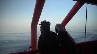 Migrant rescue boat receives permission to dock at Italian isle