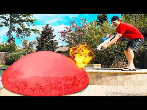 GIANT WUBBLE BUBBLE vs FLAMETHROWER!