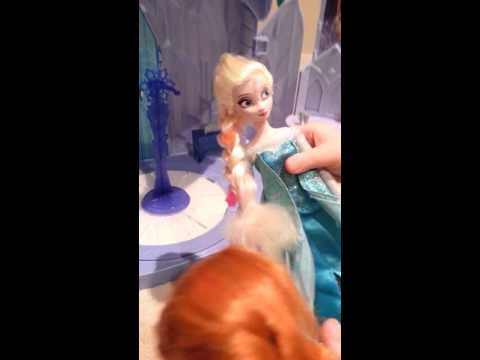 Bafin is playing with elsa and anna