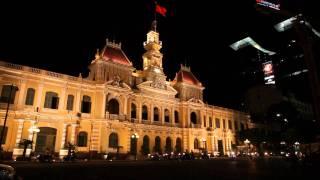 ホーチミン人民委員会庁舎夜景