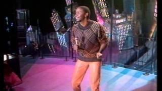 TOPPOP: Philip Bailey - Walking On The Chinese Wall