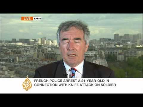 Suspect arrested in French stabbing