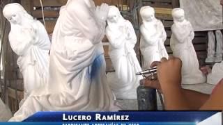 Fabrican artesanías de yeso en talleres de Amozoc