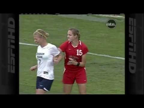 Fußballerinnen Trikottausch