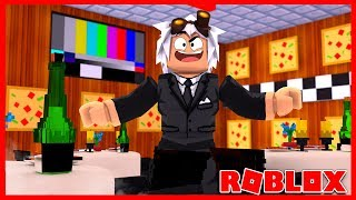 I AM THE DUE IN WORK AT A PIZZA PLACE - Roblox