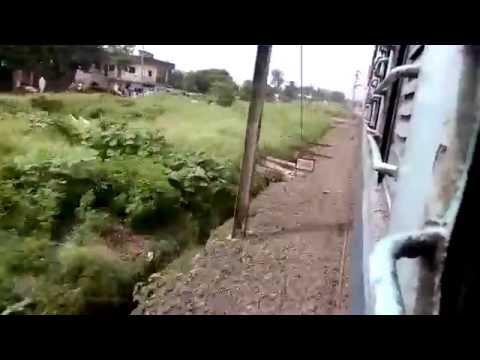 22404 New Delhi - Pondicherry Express Thrases and Skips Vidisha at MPS