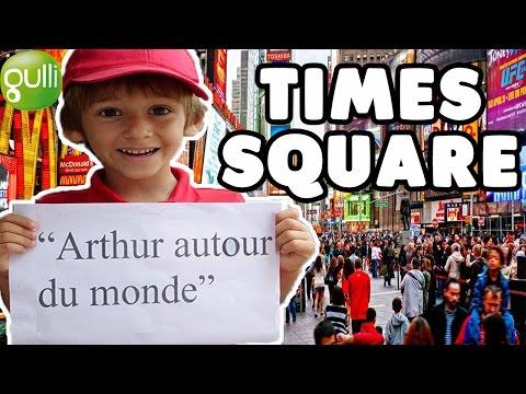 Arthur à Times Square - Arthur à New-York 🗽 | Arthur Autour du Monde 🌏 est sur Gulli !