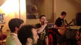 Weekender Offender - Ruby Song (Live in Kriptonite)