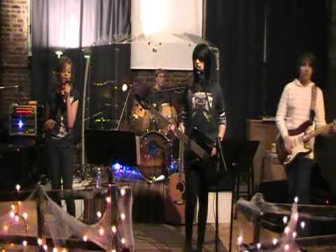 Demo: Jupiter Studio's School of Rock - I Don't Wa...