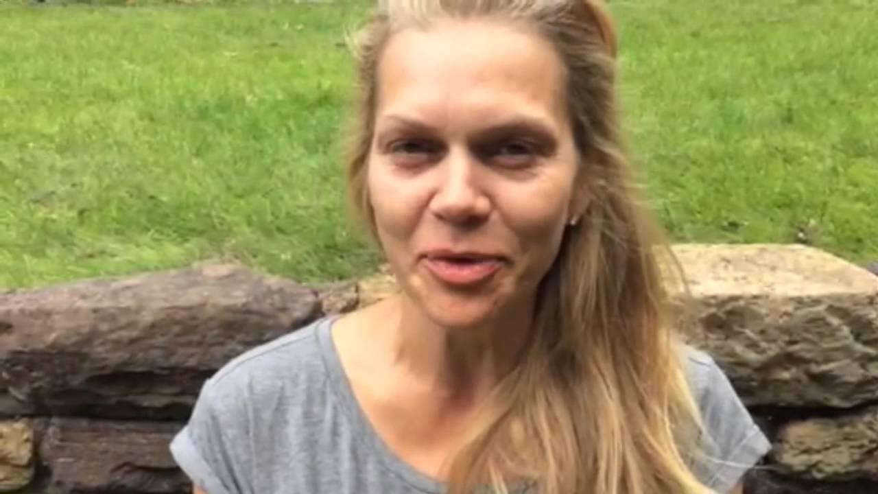 Anna Loos' Icebucket Challenge gegen ALS
