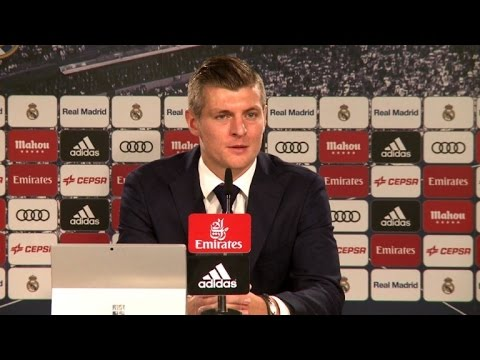 Football: Kroos defends under-fire Zidane