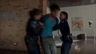 rookie blue 4x5 andy and marlo get heroin thrown on them