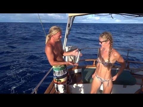 ''Ein Paar umsegelt die Welt'' -   Alleine auf den größten Meeren - [Doku 2017]