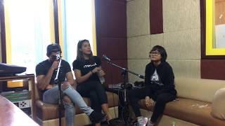 Video Critical Eleven Reza Rahadian Adinia Wirasti Aci Resti iRadio Jogja download MP3, 3GP, MP4, WEBM, AVI, FLV Januari 2018