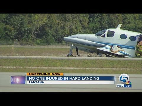 Small plane makes hard landing at Lantana Airport