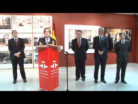 José Bono visitó el Instituto Cervantes en Brasilia (HD),