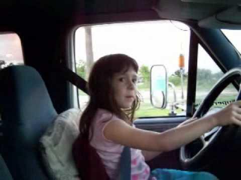 5 YEAR OLD LITTLE GIRL DRIVES BIG DIESEL TRUCK EMILLYE THE