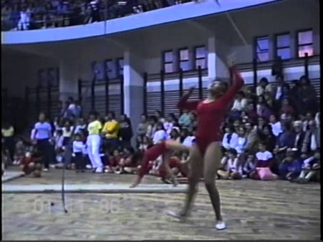 Video 4- Gala de Gimnasia CEF N° 13 -1-11-86- Círculo de Gimn.wmv Videos De Viajes