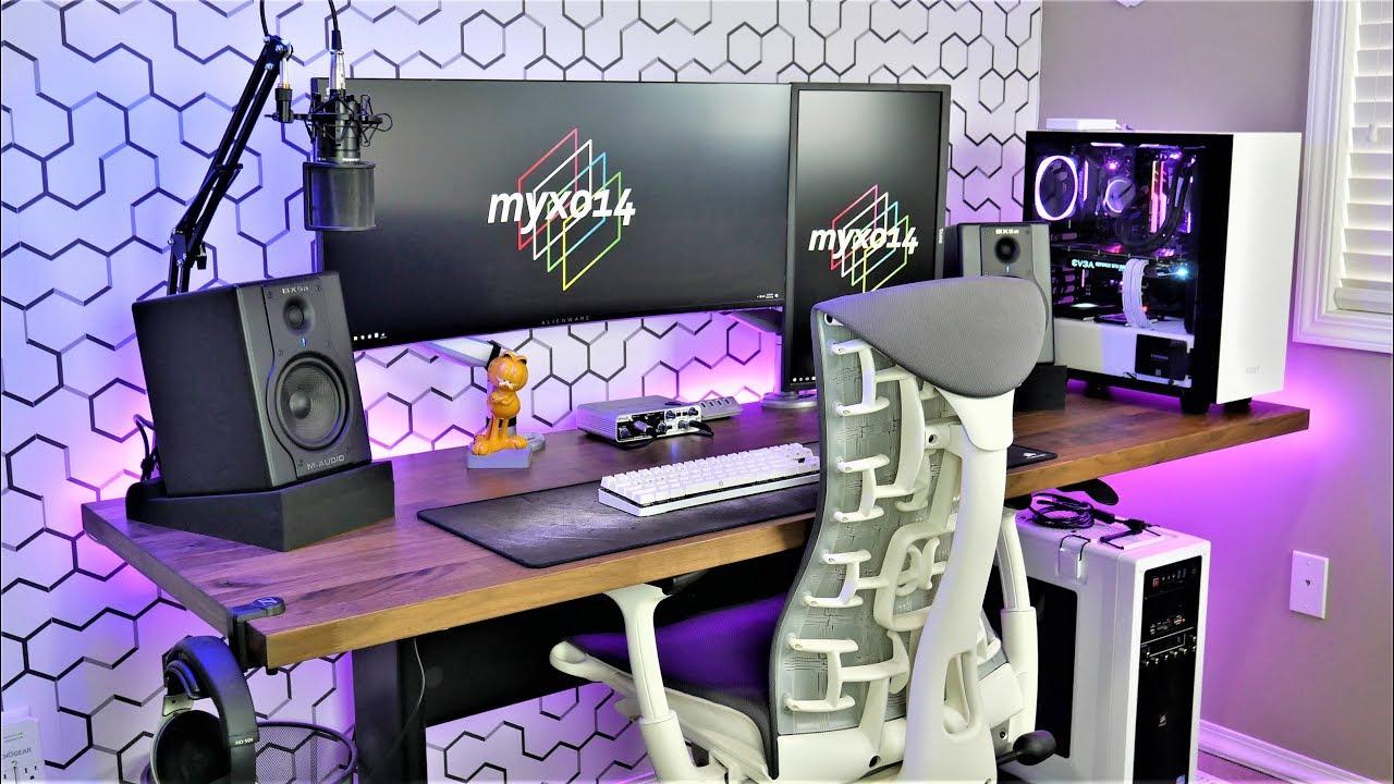 Clean  Minimalist Desk Setup Tour  2018 DIY Ultrawide