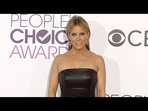 "Cheryl Hines ""People's Choice Awards"" 2017 Red Carpet"