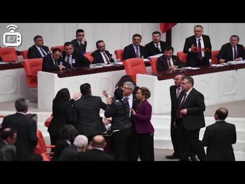 AKP Grup Başkanvekili İlknur İnceöz, HDP'li Garo Paylan'ın üzerine yürüdü