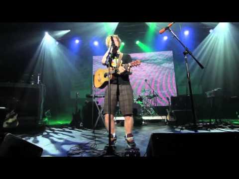 "Ed Sheeran - Grade 8 (Live at Perez Hilton's ""One Night In Austin"" 2012)"