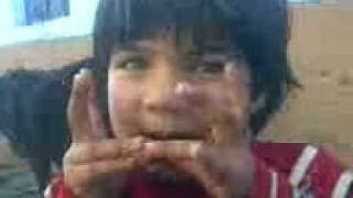 labra chori sung by cute baby