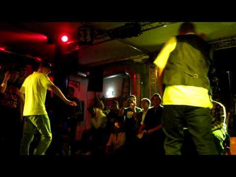 Poppin delight -  Wave-Tek vs Janz the Boogie
