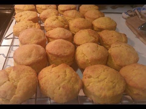 Pumpkin Garlic Cheddar Biscuits