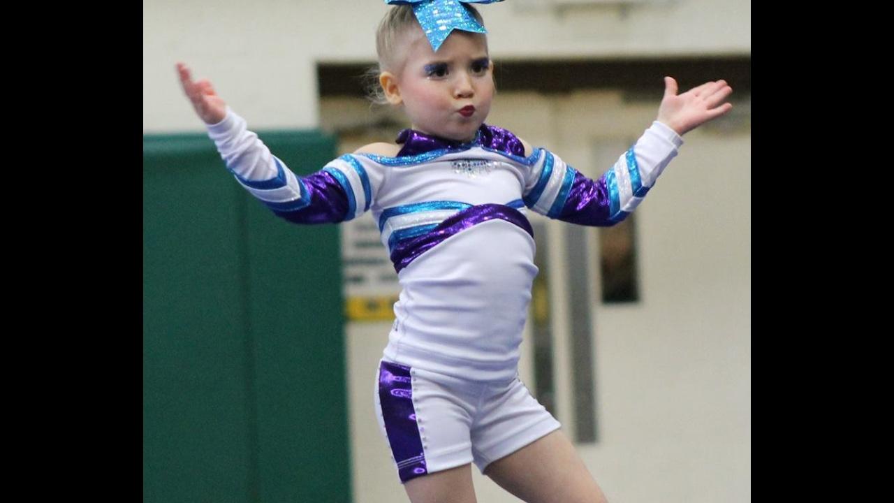 Free tiny small cheerleaders pics — 7