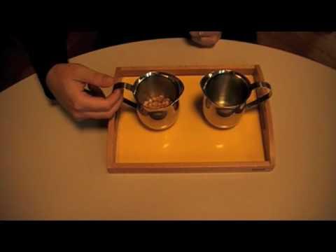 Montesori - Practical Life - Preliminary Exercices - Pouring Grains