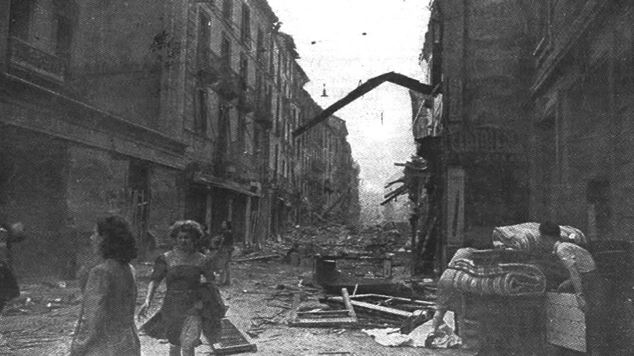 Milano Agosto 1943 Di SALVATORE QUASIMODO Interpreta