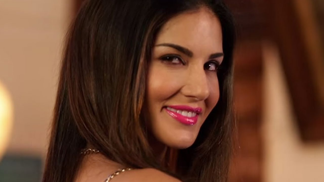 Sunny Leones Naughty Scene In Mastizaade - Youtube-7196